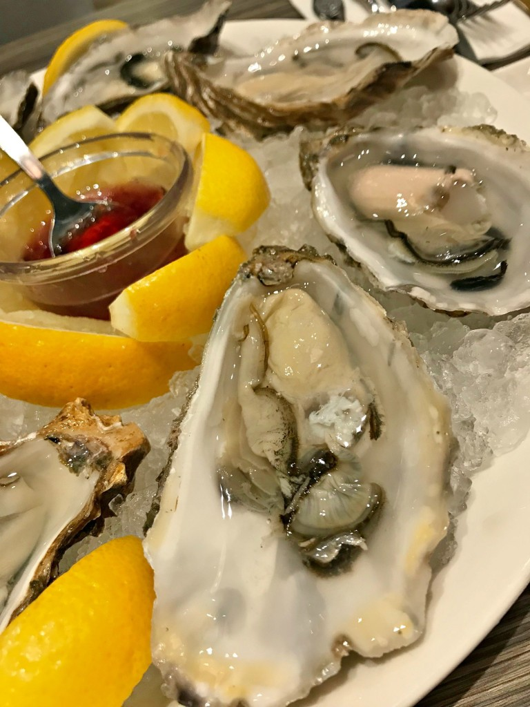 1-for-1 French oysters at UMI + VINO at $8++ each